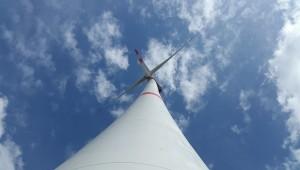 wind-turbine-722361_640